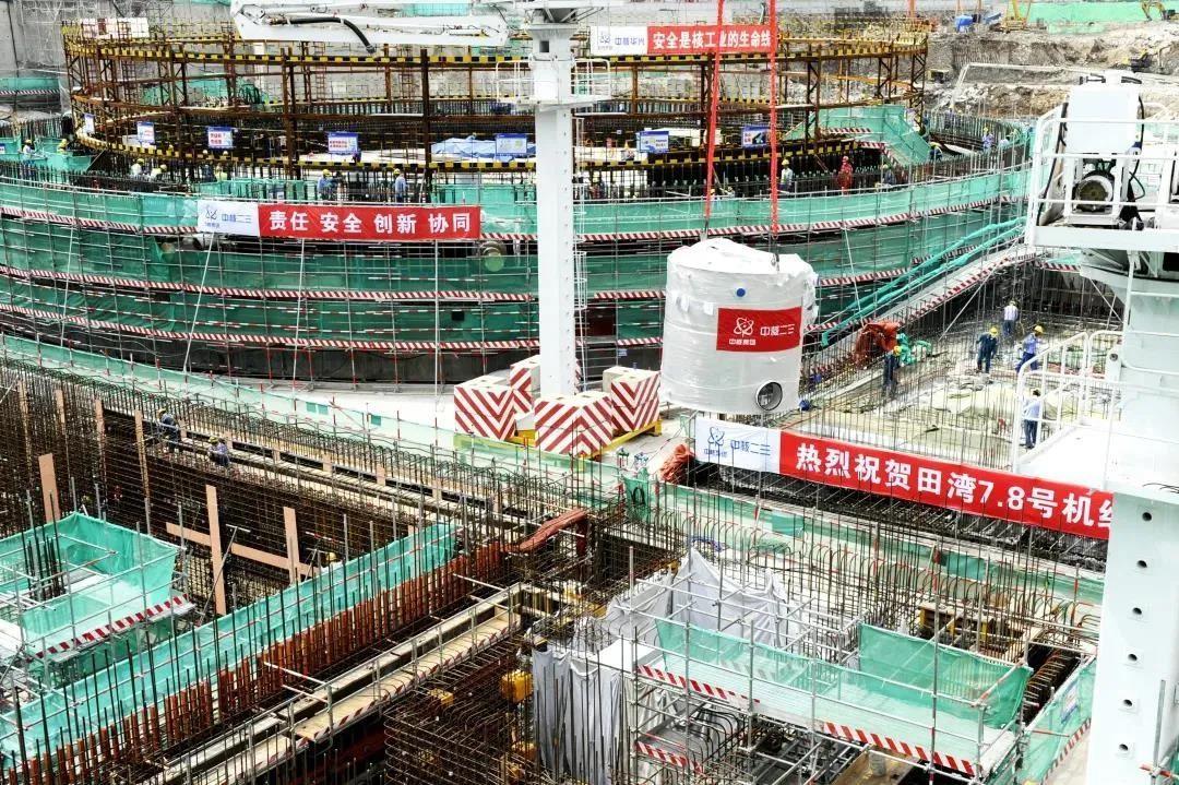 中俄核能合作项目田湾核电7、8机组首台预引入设备顺利就位